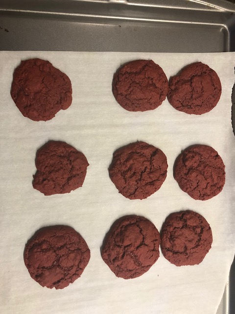 red velvet cookies w cream cheese frosting 5
